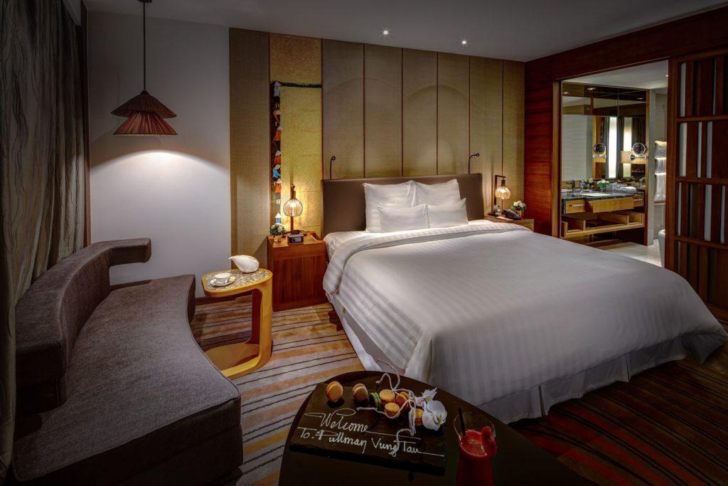 Luxury Pullman Hotel Resort Asia 95=6